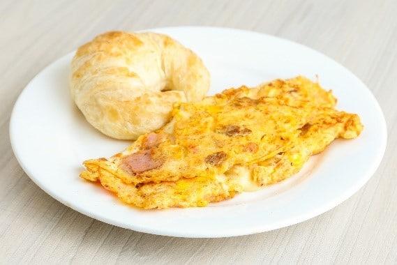 desayuno corporativo ommelete tropical