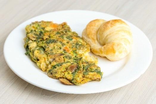 desayuno institucional ommelette vegetariano
